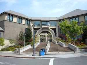 Haas_School_of_Business_west_entrance